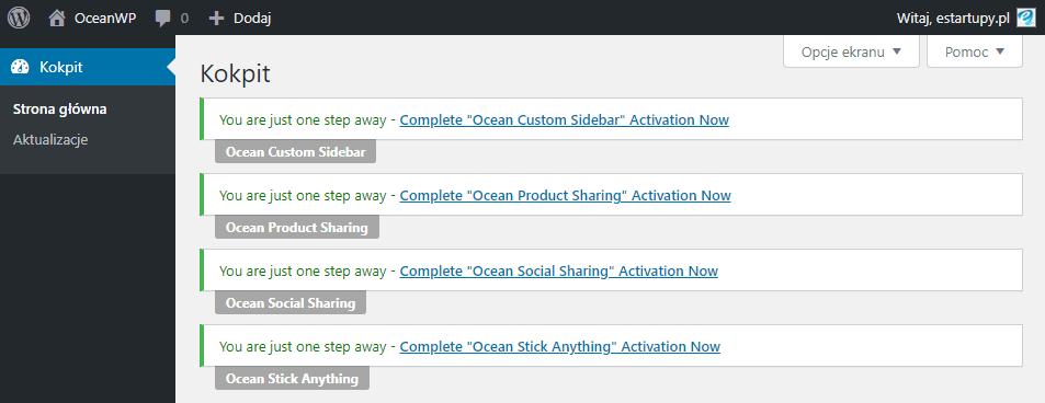 Obrazek pokazuje stronę kokpit w WordPress i komunikaty motywu OceanWP